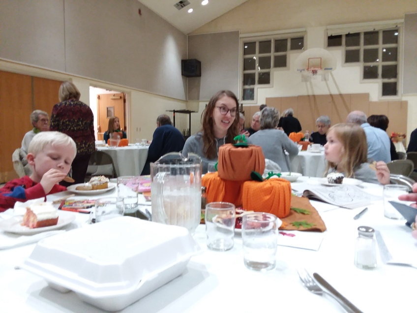 Photo of two 5 year olds enjoying dessert at the 2018 Beef Stroganoff Dinner